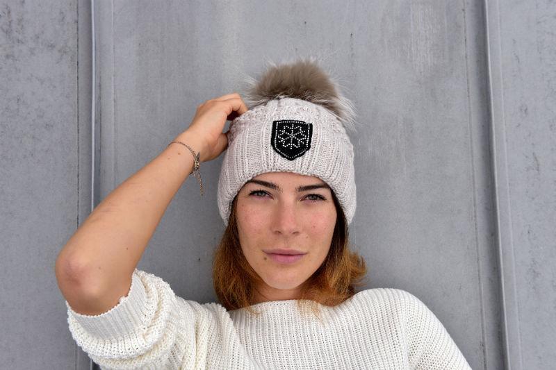 Alyssa Schwarz Wintermütze
